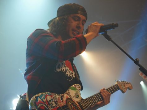 Vic Fuentes and Living the Dream Foundation make dreams come true